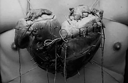 corazon cosido